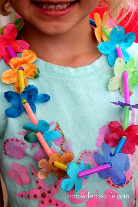 How to Make Watercolor Paper Leis
