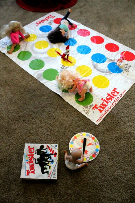 elf-on-the-shelf-twister
