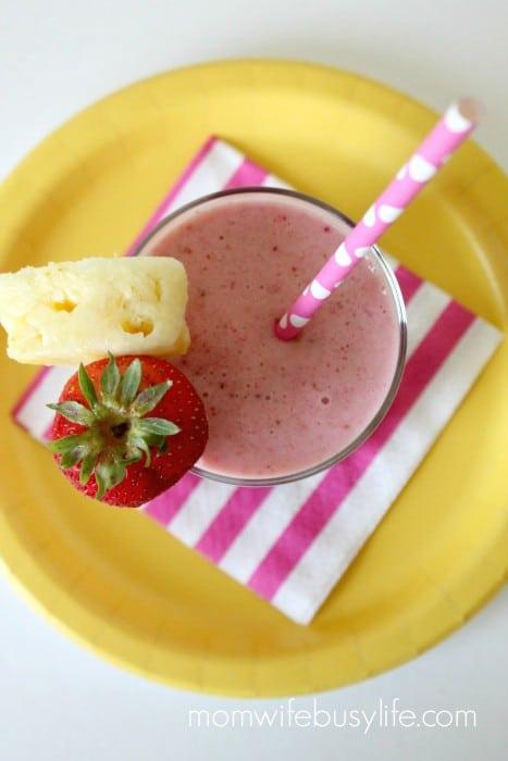 Strawberry Pineapple Smoothie Recipe