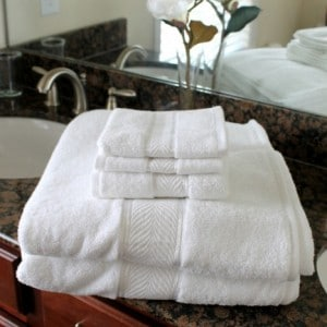 plush-towels-467x700