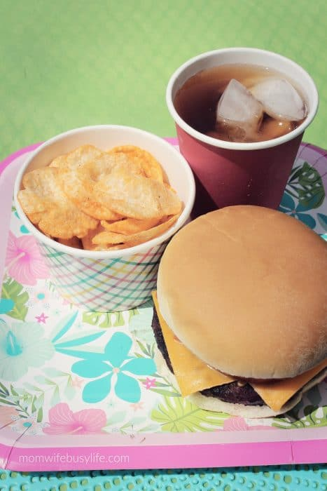 Summer Backyard BBQ Entertaining Tips