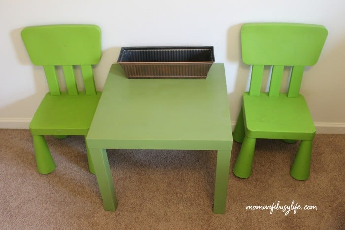 Cool Diy Toddler Table And Chairs Makeover Using Plasti Dip Beutiful Home Inspiration Truamahrainfo