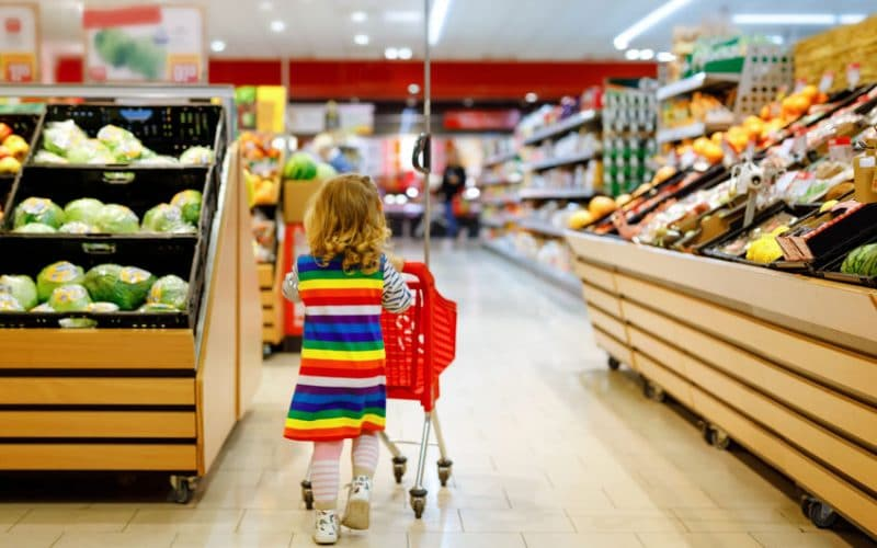Tips for Grocery Shopping with a Toddler
