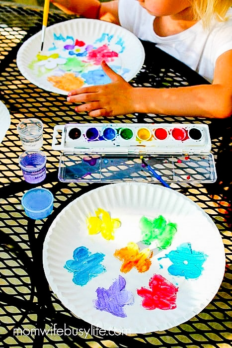 painting paper flowers