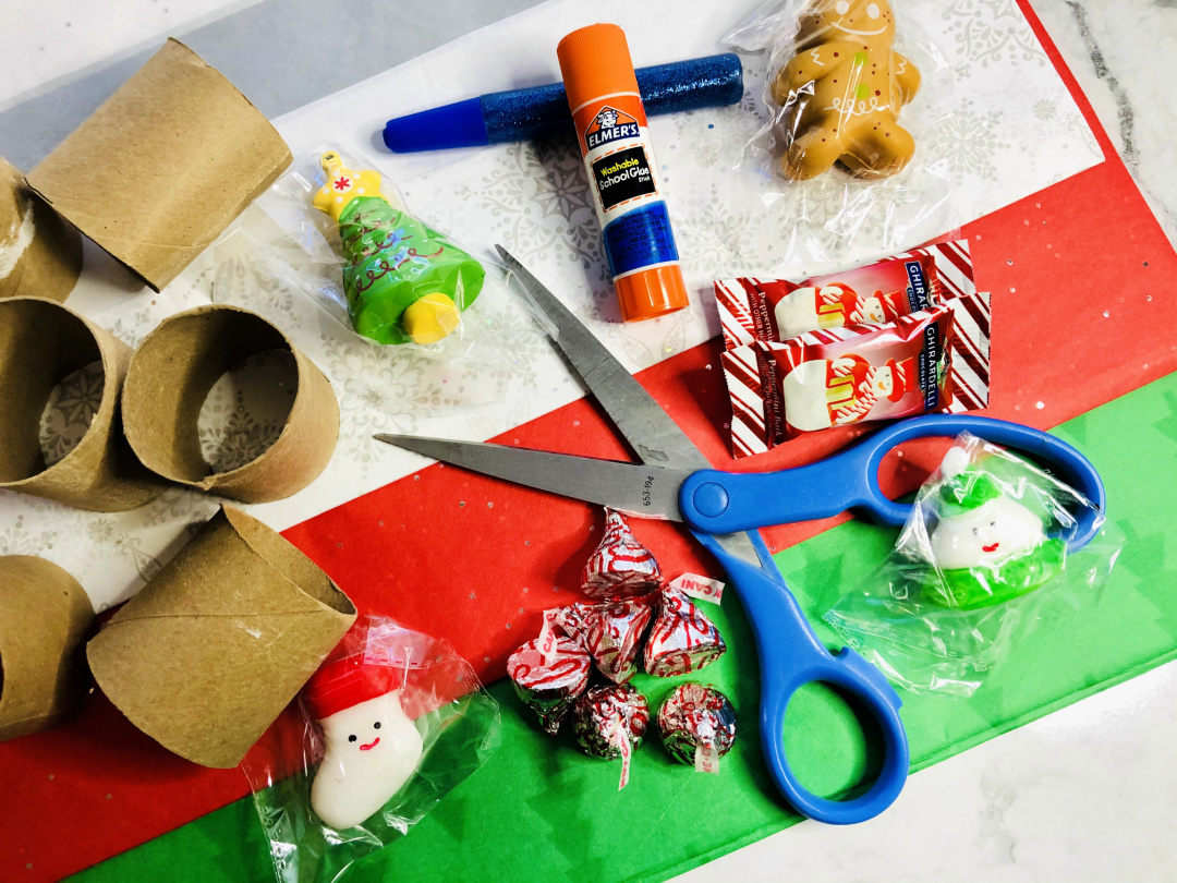 Christmas Countdown Poppers Supplies