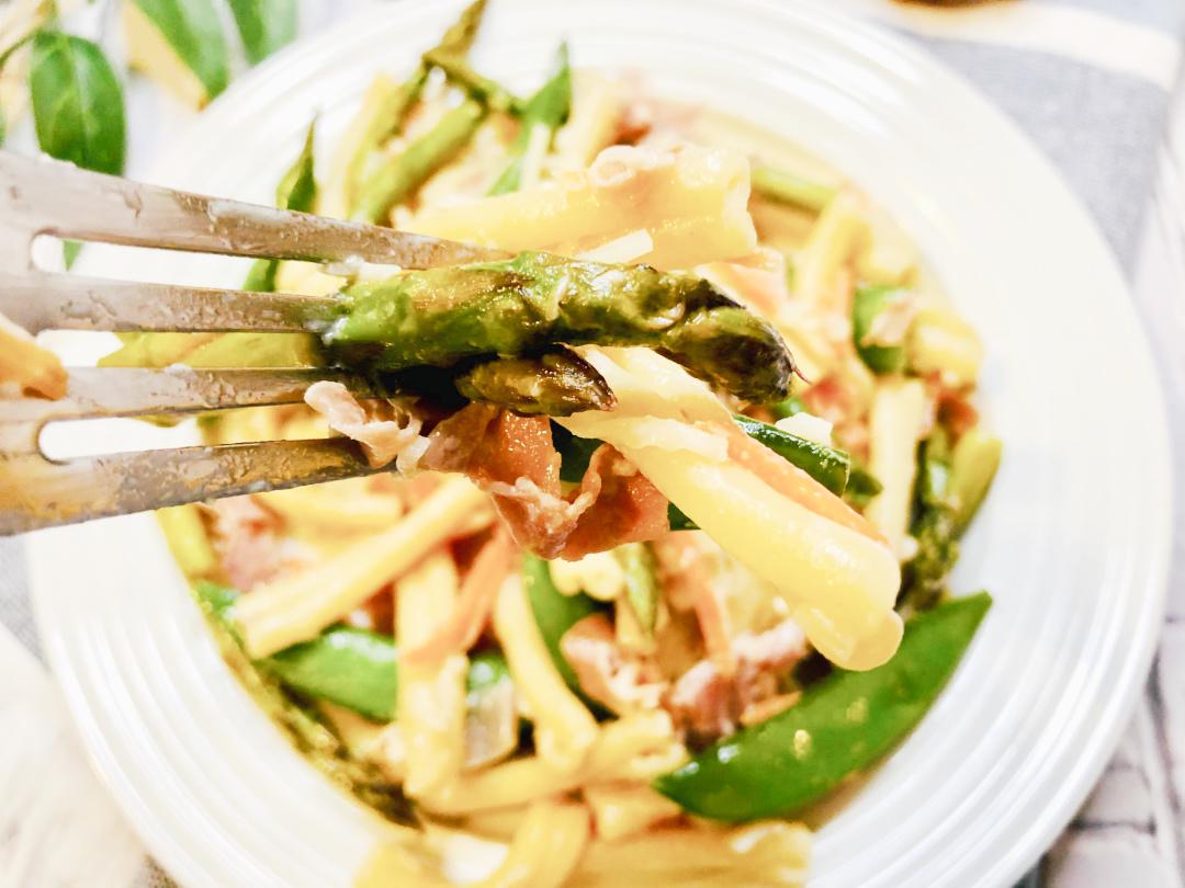 casarecce pasta on a fork