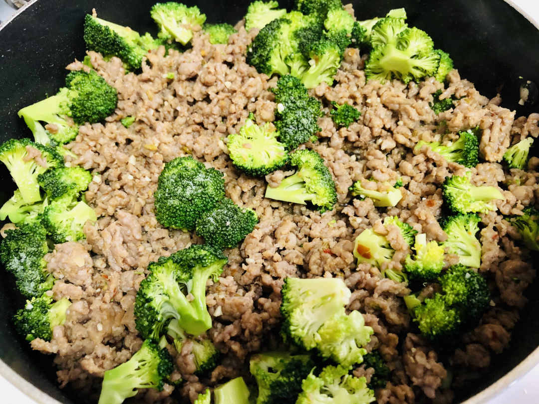 italian and broccoli