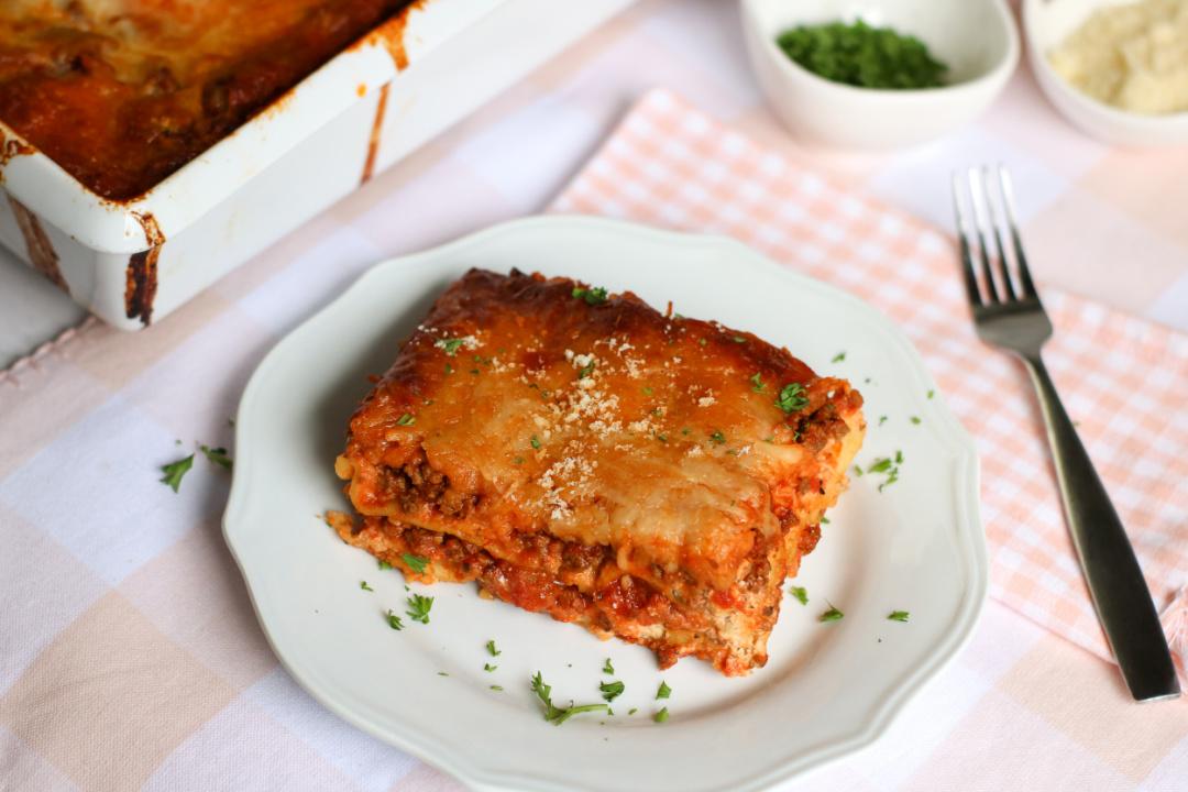 Easy Cheesy Meat Lasagna